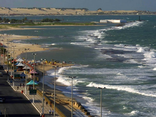 Praia Areia Preta - Natal (Foto:Reprodução) Créditos de imagem: http://rota84.com.br/