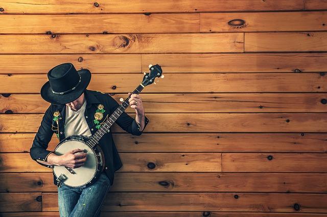 Boa música sertaneja é no Caldas Country.