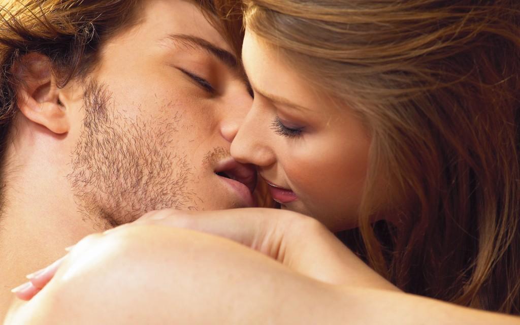 O ato de beijar é mundialmente conhecido.