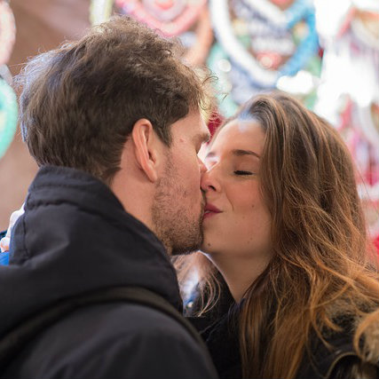Beijos são para serem sentidos.