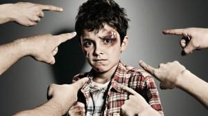 O bullying físico é aquele onde a vítima é agredida fisicamente