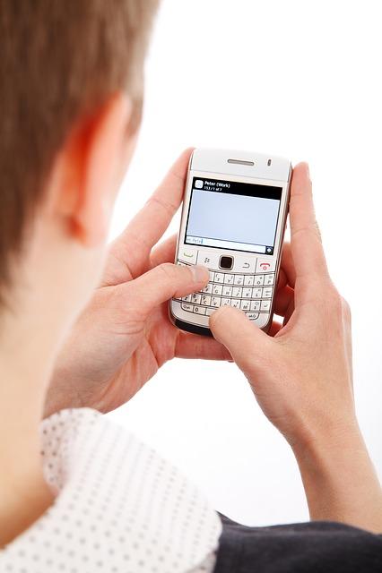 O celular de 4 chips é muito mais prático.