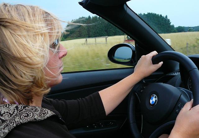 O Detran disponibiliza curso de capacitação para aqueles que desejam ser professores de direção.
