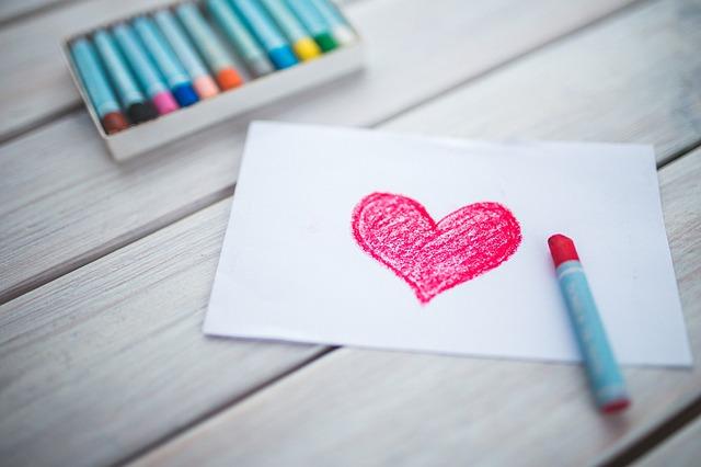 Corações desenhados encantam a todos.