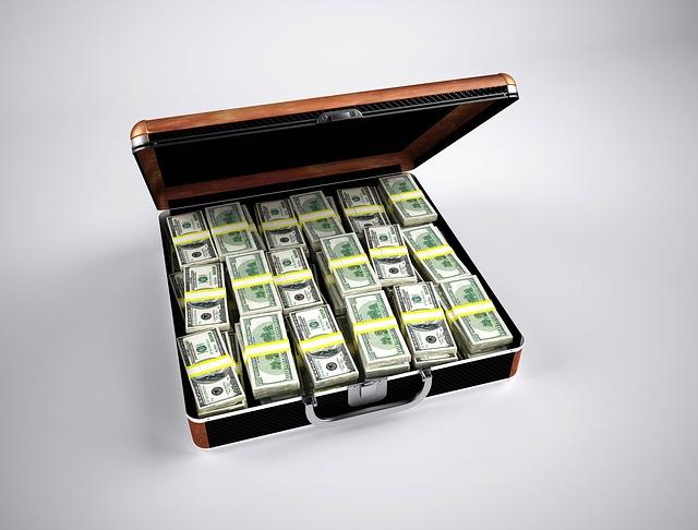 Dólares! Dinheiro é o que mais se pede no réveillon.