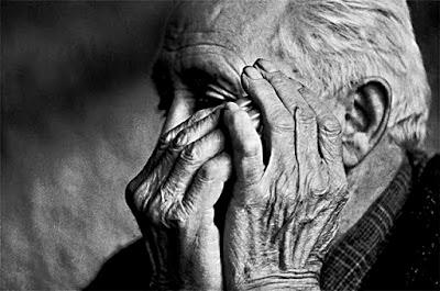 Delirium é uma doença causada em idosos, trazendo alucinações constantes