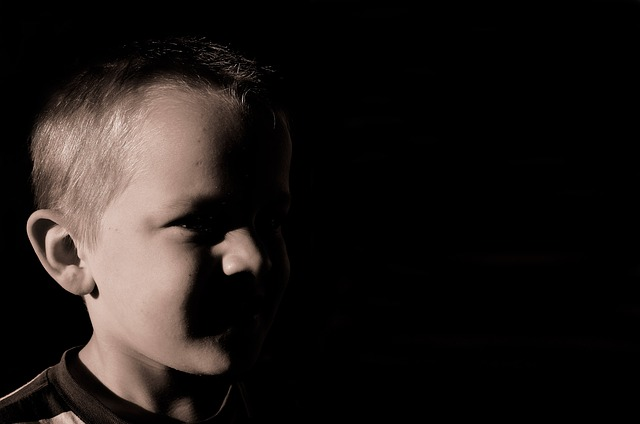 A depressão infantil é um problema cada vez mais comum entre as crianças de 0 a 15 anos.