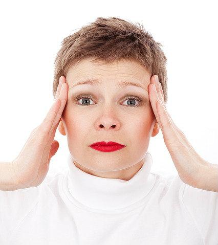 O estresse é um motivador de manchas na pele.