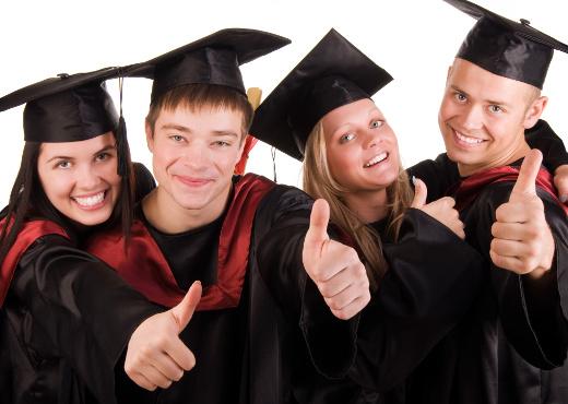 O FIES é um programa do governo para beneficiar estudantes que não possuem poder aquisitivo para pagar uma universidade e curso o superior