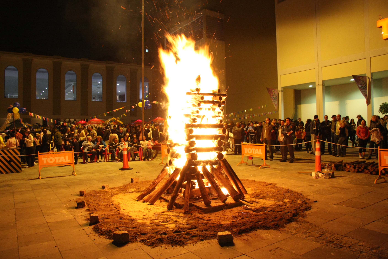 Fogueira - raízes pagãs