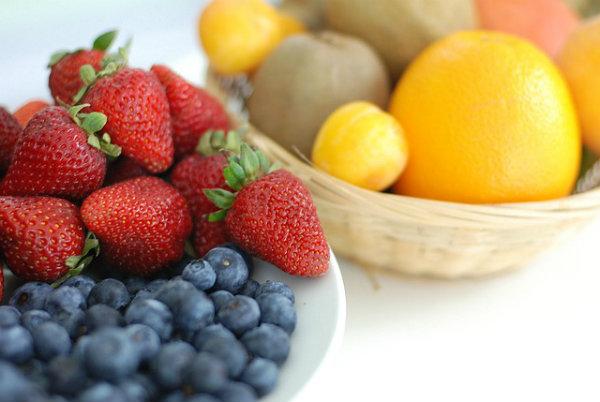 Frutas são fontes de nutrientes.