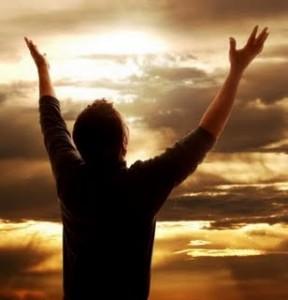 Dar glórias a Deus é uma forma de professar a fé.