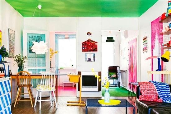 Salas coloridas dão alegria ao ambiente