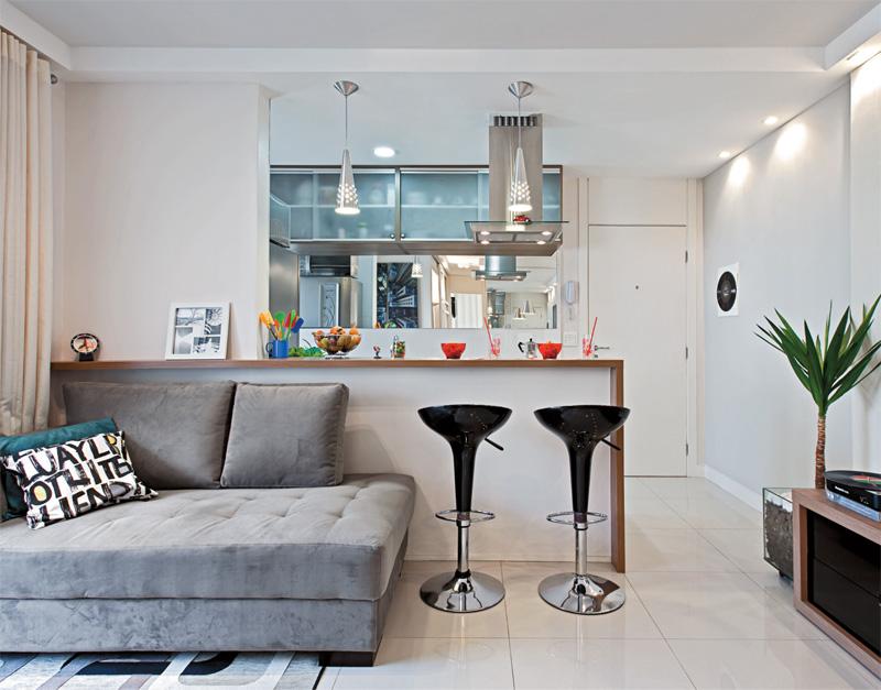 decoracao para kitnet simples:Aproveitar os espaços é a melhor maneira de trazer conforto