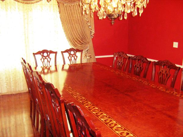 A mesa de jantar é sem dúvidas um lugar para reunir a família