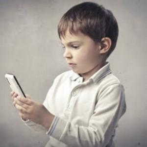 Avalie primeiro a necessidade de dar o aparelho à criança.