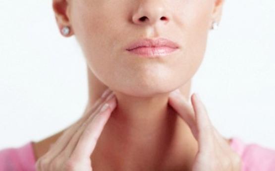 Uma dor de garganta pode sinalizar muitas doenças.