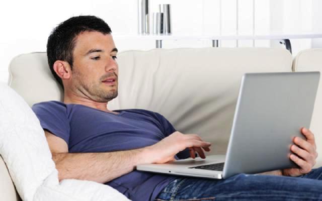 Usar o notebook no colo pode trazer a infertilidade aos homens