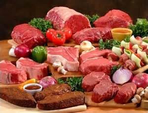 Carnes e folhas: fontes de nutrientes