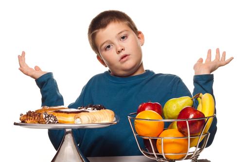 A obesidade infantil é um problema que pode reter alguns anos da vida de seu filho quando este estiver em fase adulta