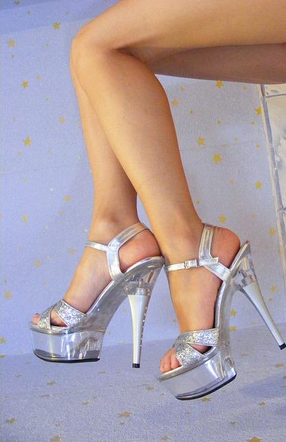 pernas femininas