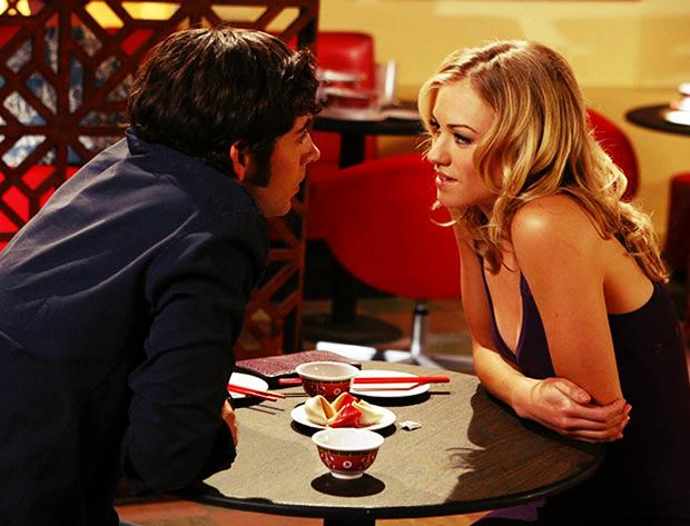 """Se você está prestes a ter seu primeiro encontro, é necessário tomar alguns cuidados para não dar vexame e espantar seu """"alguém especial"""""""