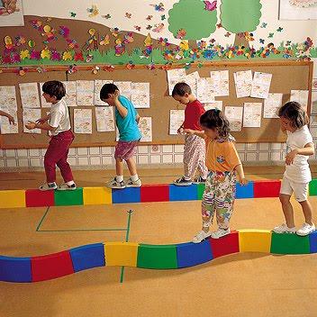 O curso tem como prioridade formar profissionais na área do desenvolvimento educional