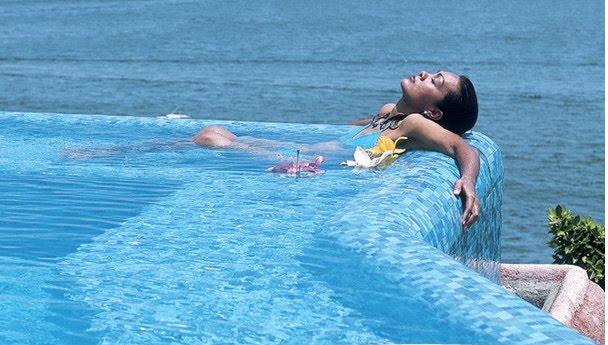 sonhando com piscina