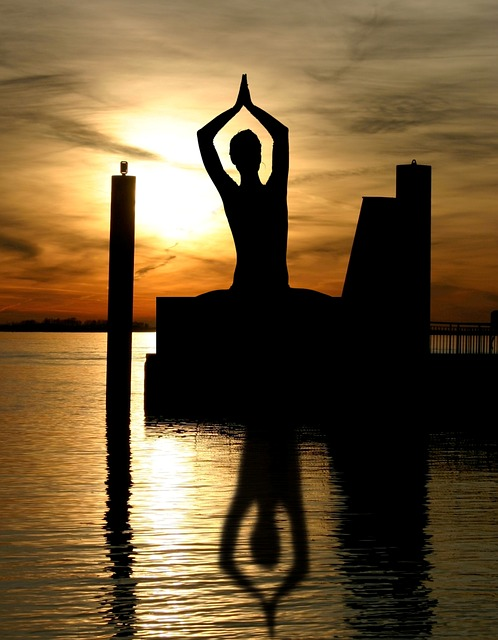 A yoga realmente faz com que você acabe de vez com a barriguinha!